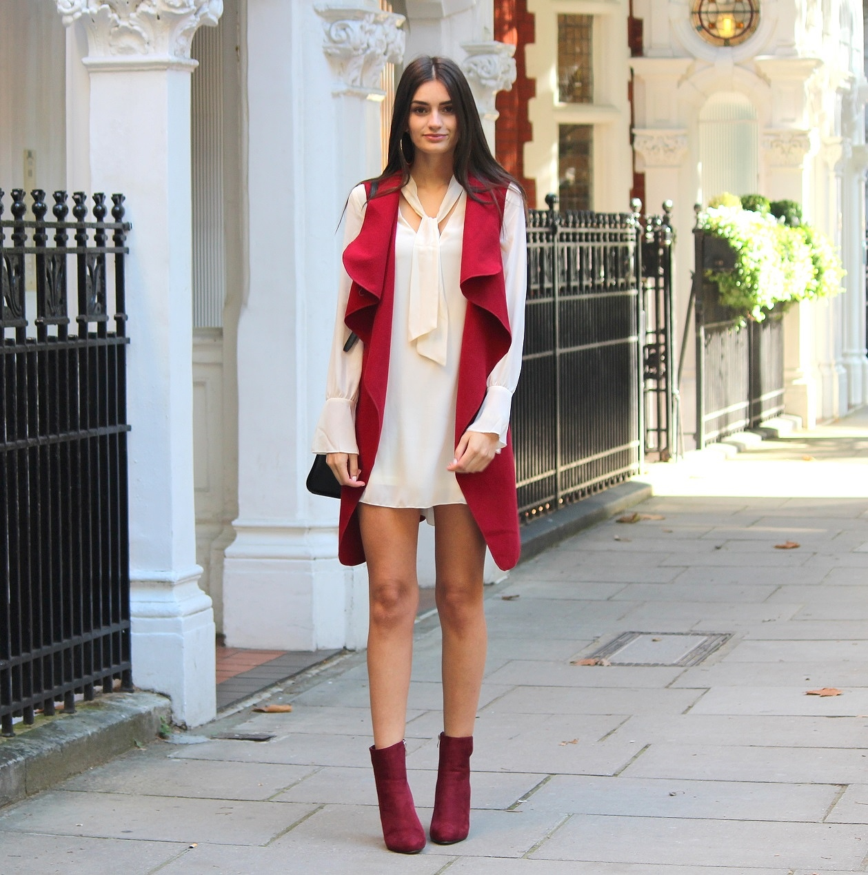 peexo fashion blogger wearing skinny scarf dress and burgundy waterfall sleeveless blazer in autumn