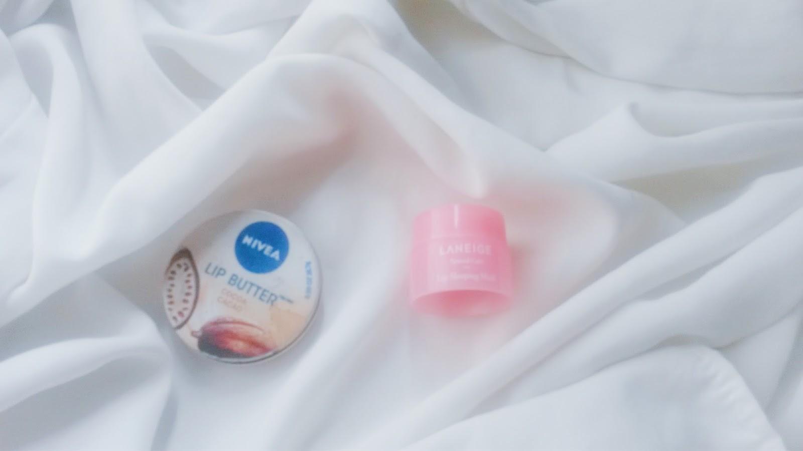 Review Laneige Lip Sleeping Mask Fleur And Fabula Travel Size Yang Saya Punya Ukuran Trial Sizenya Dibeliin Sama Salah Satu Teman Pas Lagi Ada Promo Banting Harga Gitu Harganya Jadi 14 Ribu