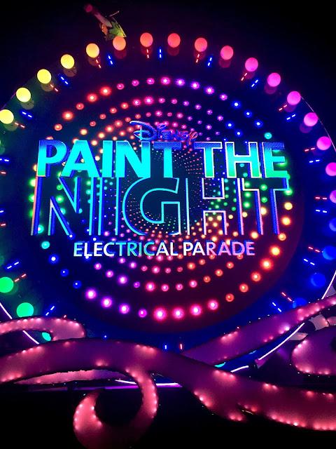 disneyland paint the night parade