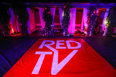 Experiencing the rave of #REDTV (photos)
