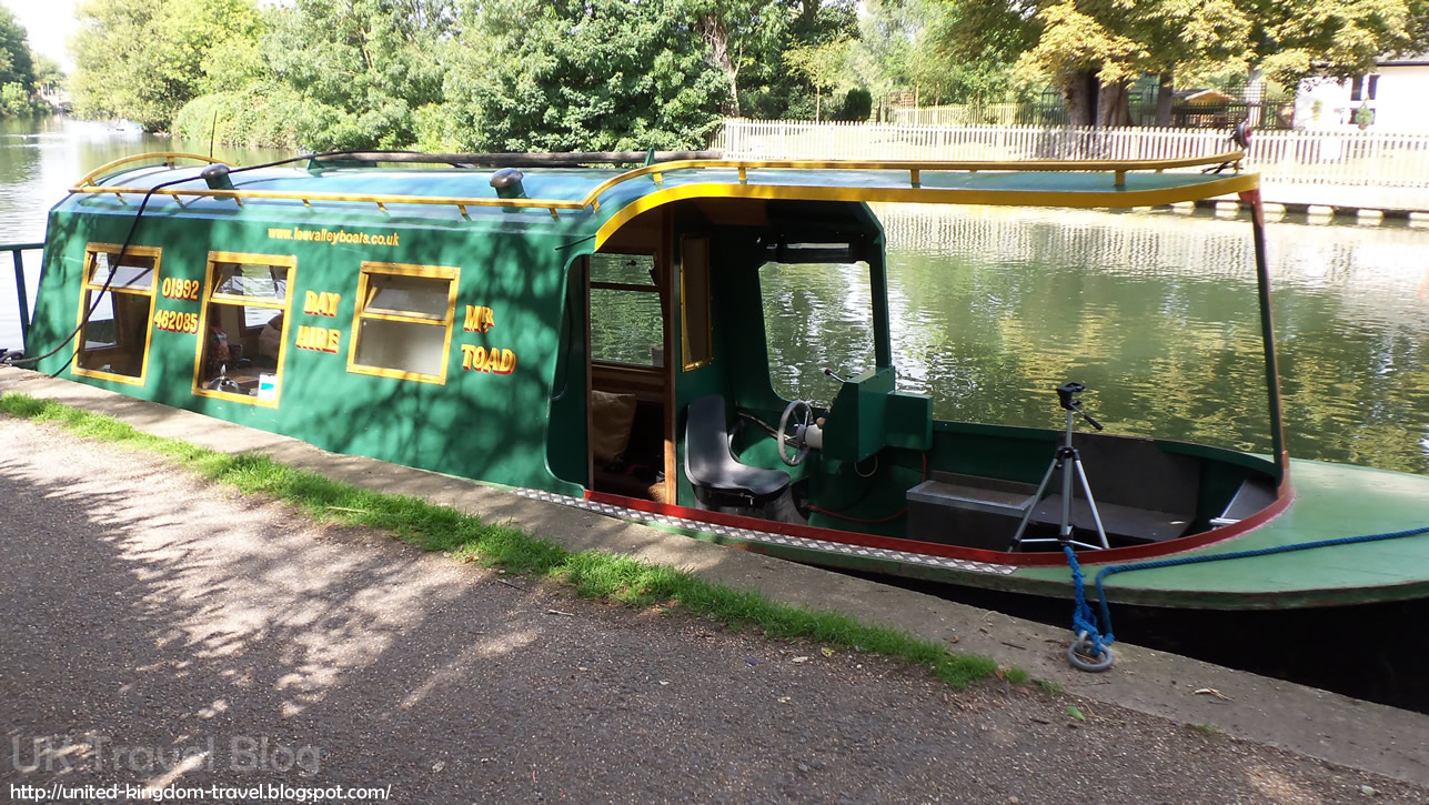 Lee Valley Boat Hire