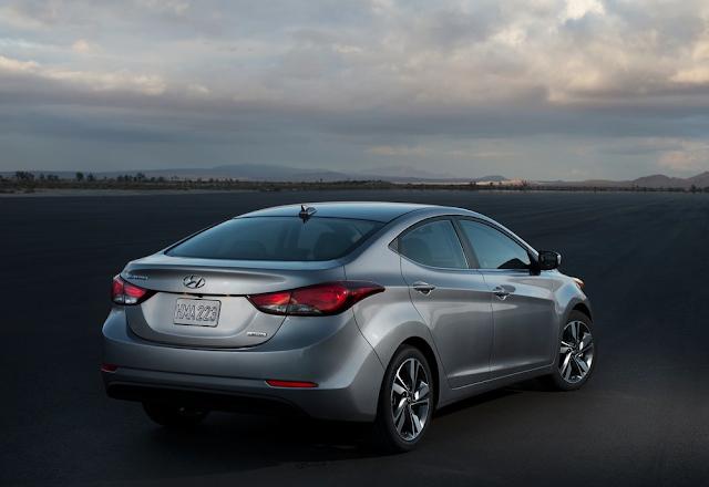 2014 Hyundai Elantra sedan silver