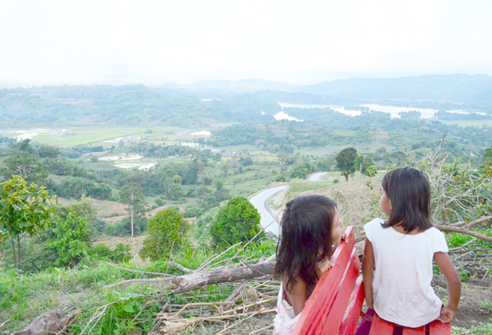 Kids in Lake Sebu