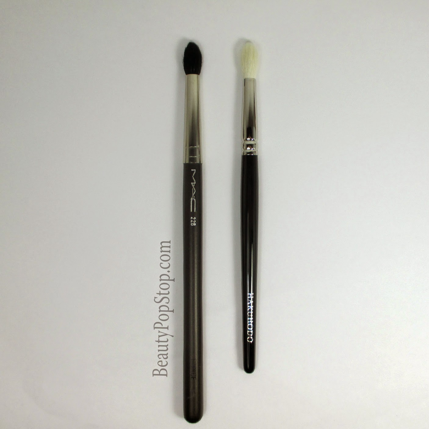 hakuhodo j142 vs mac 226 japanese makeup brush mac cosmetics comparison
