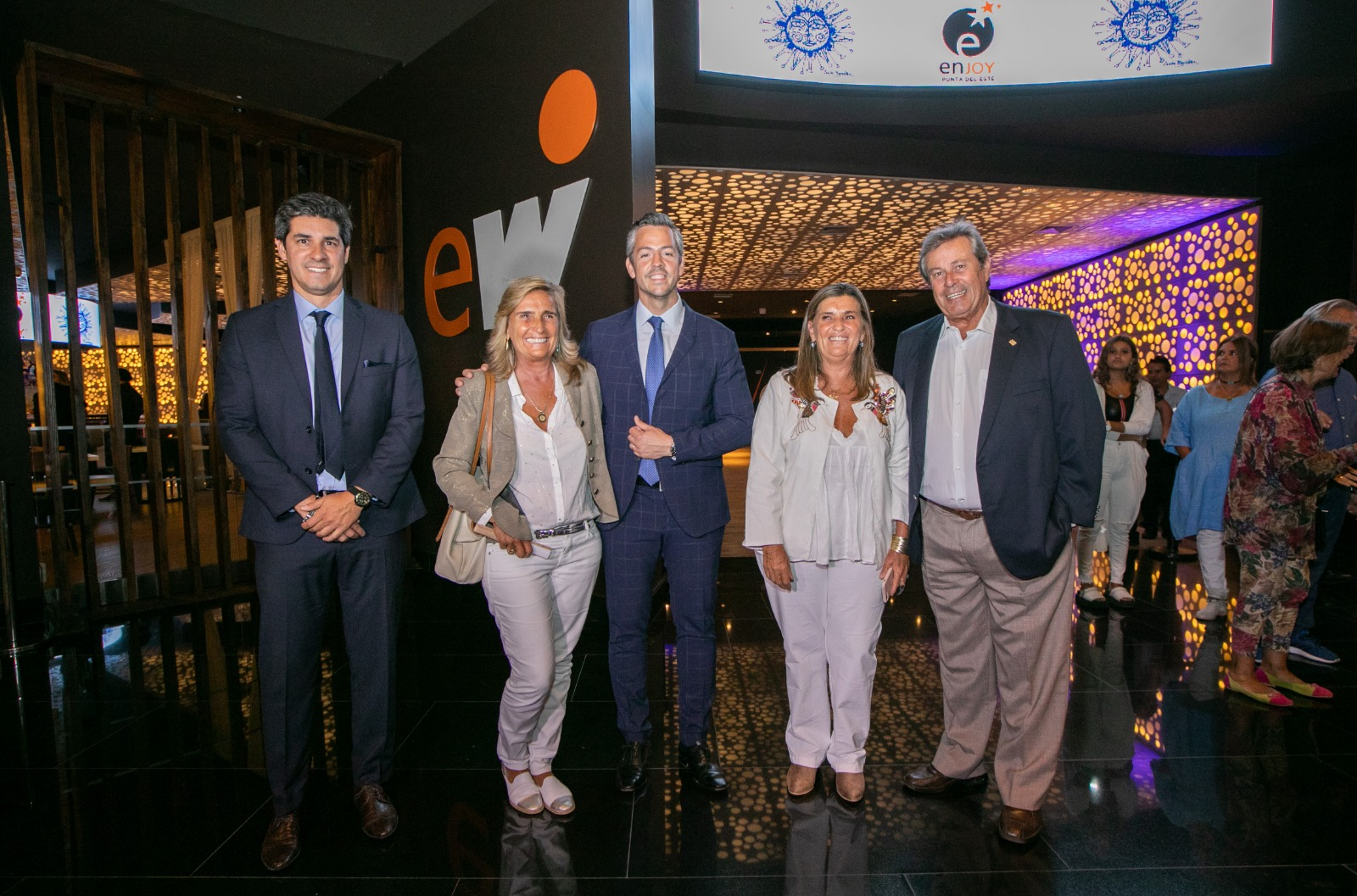 Enjoy Punta del Este reinauguró un icónico mural de Carlos Páez Vilaró