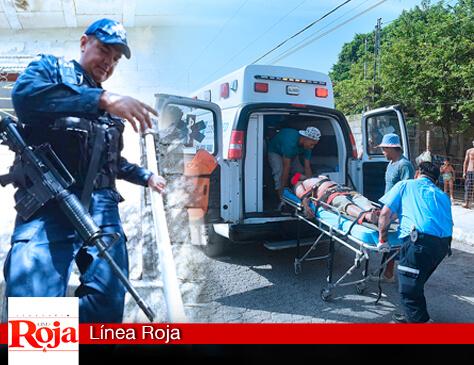 En vez de ayudar... Policía Federal obstruye labor de voluntarios para ayudar a paramédicos que atendían a un apuñado de gravedad en la colonia Colosio de Playa del Carmen