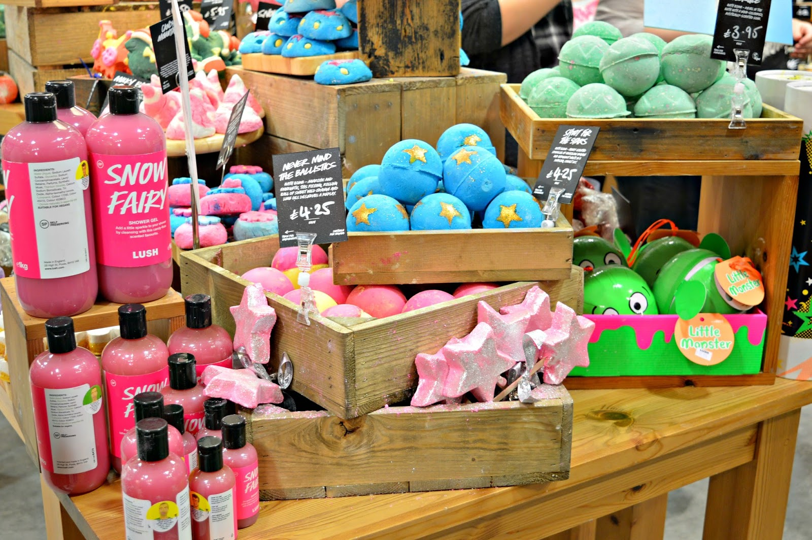 bath bombs lush shower gel