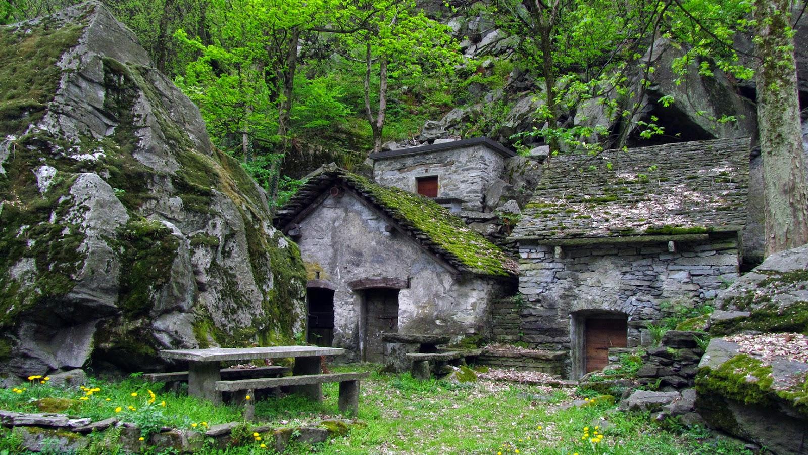 Ticino_Grotto