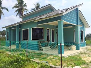 Rumah banglo bina sendiri di atas tanah keluarga