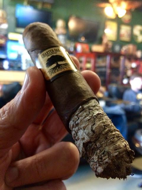 Foundation Charter Oak Grande cigar 6
