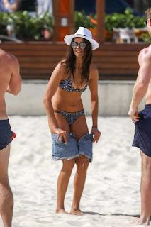 Nina-Dobrev-in-Bikini-6+sexycelebs.in.jpg