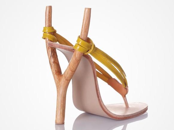 Những đôi giày có kiểu dáng kỳ lạ nhất thế giới3