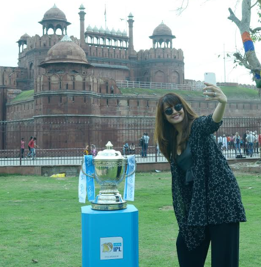 Surveen Chawla_VIVOIPL trophy tour in Delhi