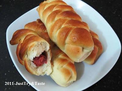Obsesi Roti 13: Roti Isi Sosis Sapi