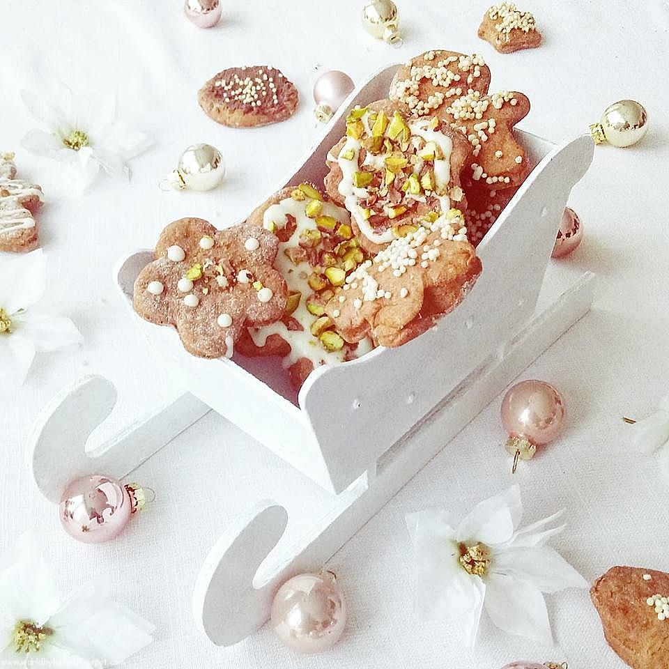 dekoracja z pierników, pierniczki świąteczne, pierniki przepis na pierniki