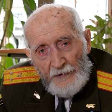 In Volgograd, Anatoly Kozlov, a participant of the Battle of Stalingrad and the Victory Parade of 1945 in Moscow