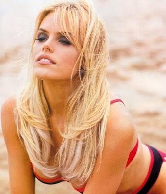 Beauty Actress Women: Sexy Gena Lee Nolin