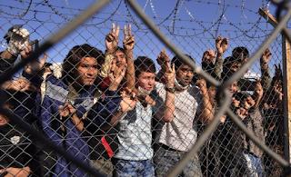 Έβρο: Οι Τούρκοι «άνοιξαν» τα σύνορα – Ορδές μεταναστών στην Ελλάδα