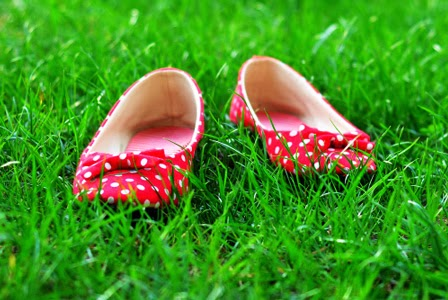 Do and Don't dalam Mengenakan Flat Shoes