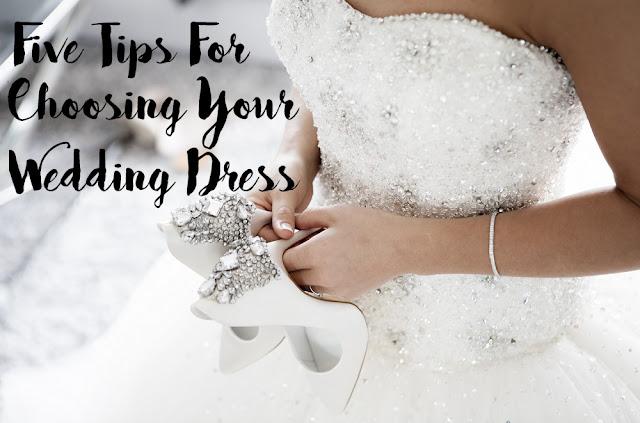 Five Tips For Choosing Your Wedding Dress MakeUp Fun