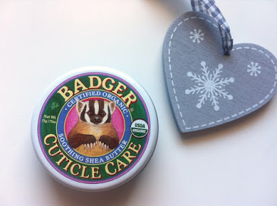 Badger cuticle care cuticulas