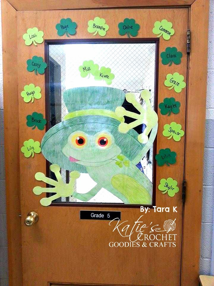 classroom door decorating ideas