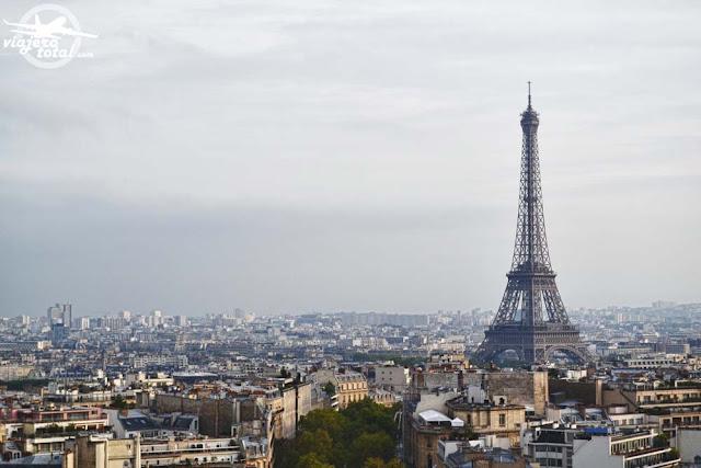 Arco del triunfo de París - Torre Eiffel