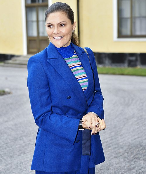 Crown Princess Victoria wore Rodejber Suit, Zoe blazer and darcel trousers and Baum und Pferdgarten Camellia Top