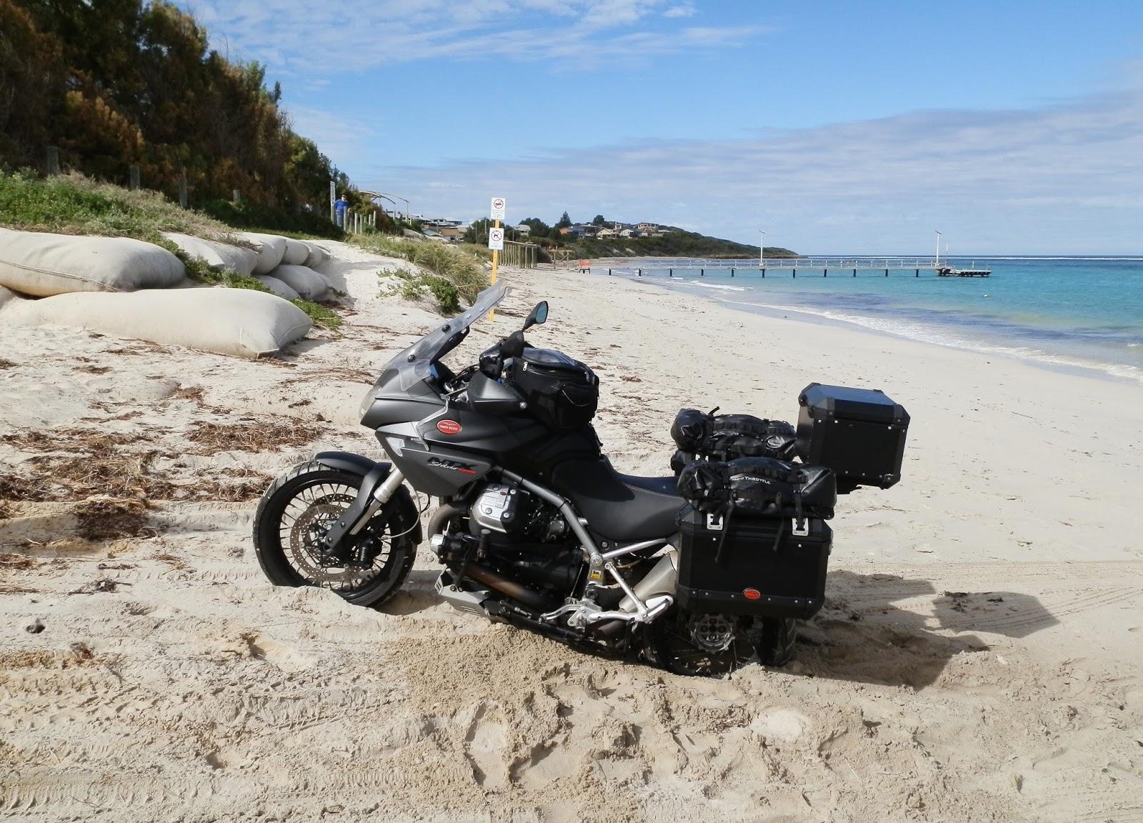 Fabulous The Wrong Way Round Moto Guzzi Stelvio Ntx Vs Bmw R1200Gs Machost Co Dining Chair Design Ideas Machostcouk