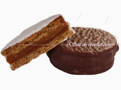 Alfajor de doce de leite com chocolate