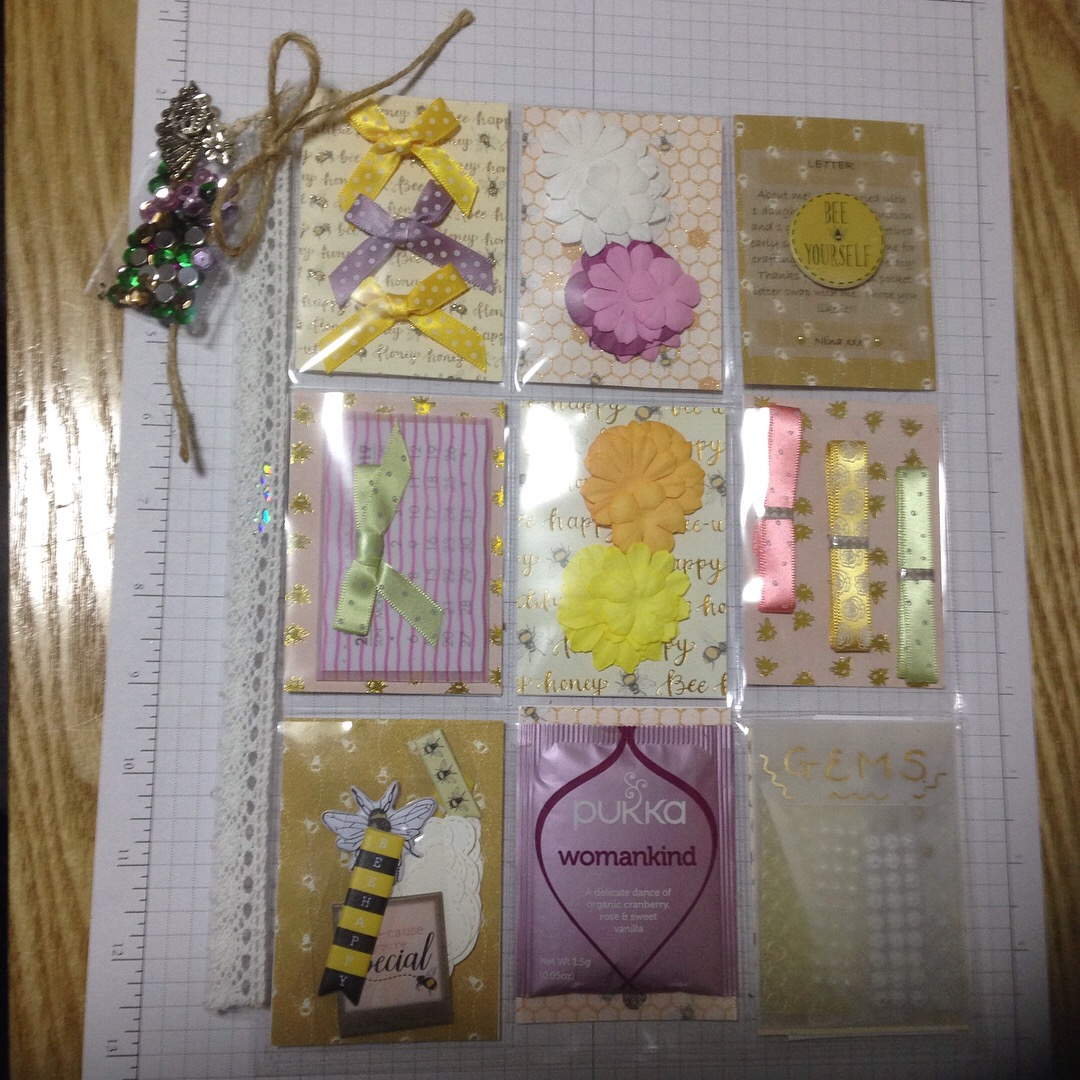 Suebees Hive Papercraft Cards