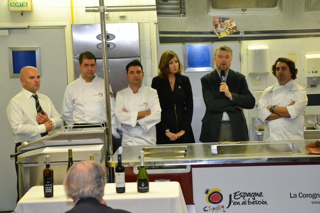 Adegas castrobrey saborea espa a selecciona a nuestro albari o sinpalabras 2012 para - Oficina turismo paris en madrid ...