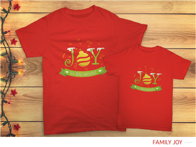 Pratinjau kaos Natal 'Joy To The World' di kaos warna merah.
