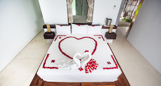 Bedroom Decoration for Valentine's Day