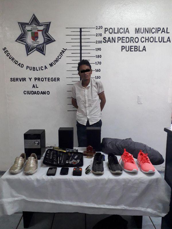Detiene policía a presunto ladrón de casa habitación