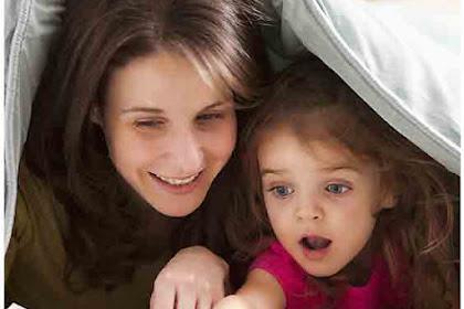 5 Cara Efektif Mengajari Anak Membaca di Rumah