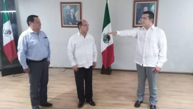 De administrador de bar, ahora es titular de SEP-Chiapas; sin título