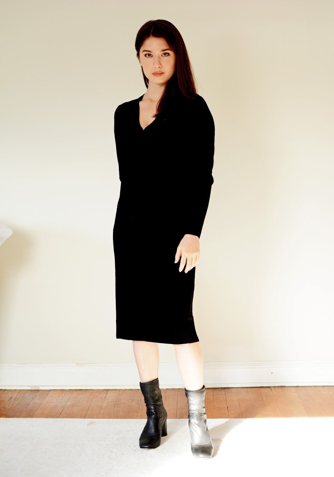 Everlane Cashmere V-Neck Midi Dress review photos sizing info