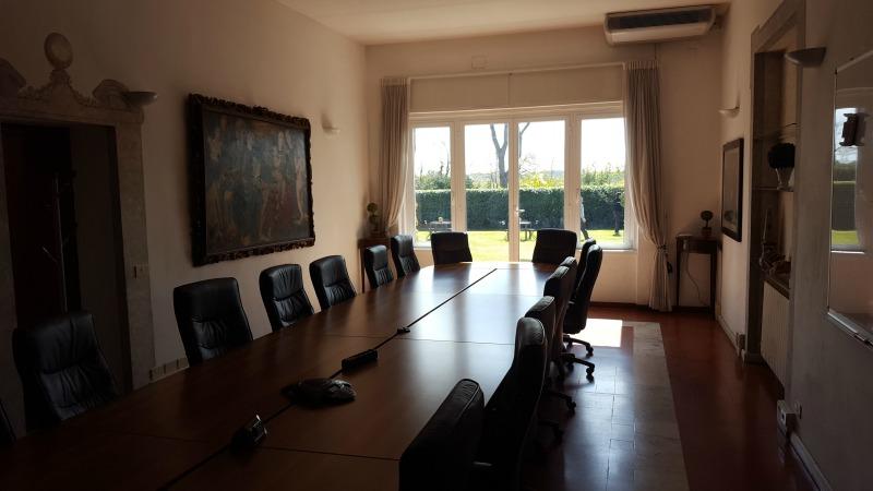 Ufficio Business Center Roma : Uffici arredati uffici temporanei noleggia un ufficio al