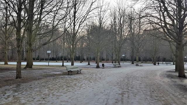 Tiergarten with snow