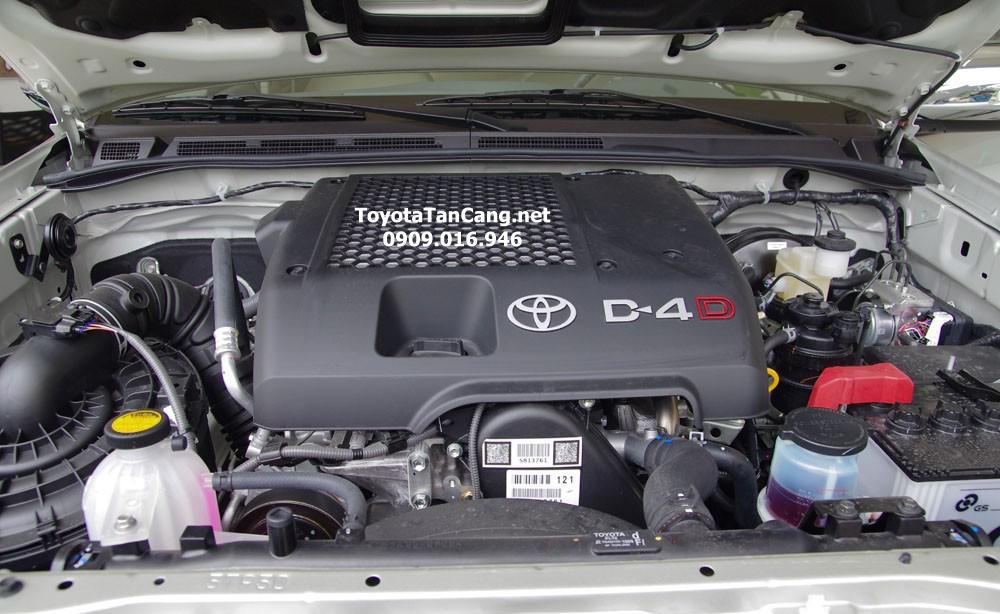 toyota hilux 2015 toyota tan cang 10 - Đánh giá Toyota Hilux 2015: Thách thức mọi chiếc xe bán tải - Muaxegiatot.vn