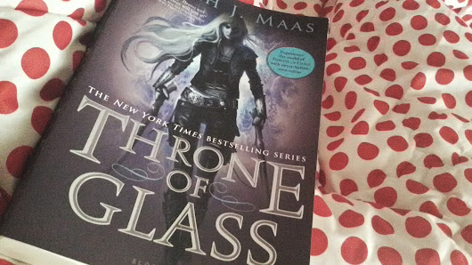 [Book Review] Throne of Glass