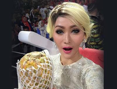 Foto Mentor Inul Daratista di Bintang Pantura 3, Hari Sabtu 15 Oktober 2016