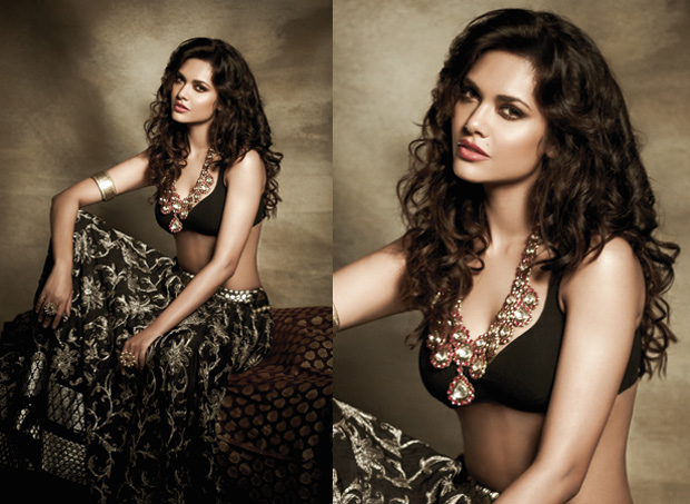Esha Gupta super hot photos, Esha Gupta sexy pics, Esha Gupta hot pics, Esha Gupta in black dress