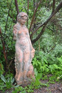 Äiti puutarhan