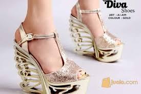Model Sepatu High Heels Terbaru