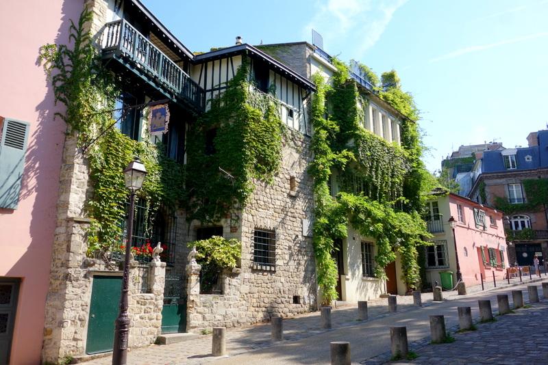 Paris la maison rose montmartre petite histoire et grands artistes 2 rue de l 39 abreuvoir - La maison du canape paris ...