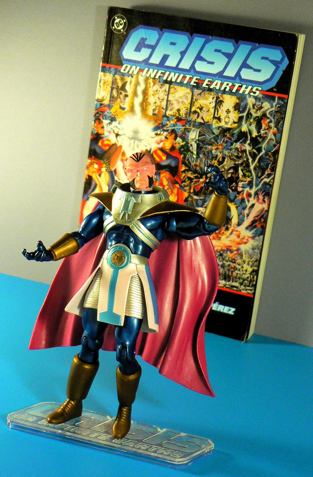 Super-DuperToyBox: DC Direct Monitor and Anti-Monitor