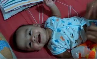 Bayi ketika tertawa itu lucunya minta ampun [Video]