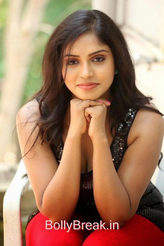 Karunya Pics, Actress Karunya Hot Pics  in Black Top